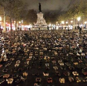 paris shoe protest